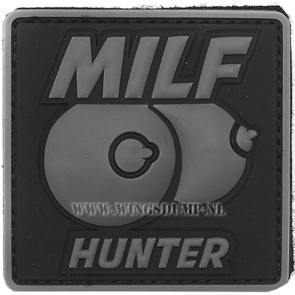 Embleem 3D pvc milf hunter grijs