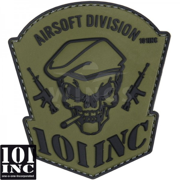 Embleem 3D pvc 101Inc. skull and rifles groen