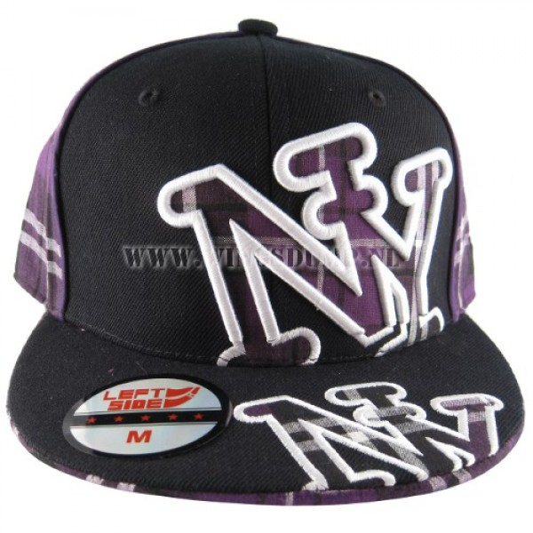 Cap fitted NY ruit zwart purple